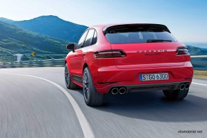 2016-Macan-GTS-porsche-rear-red