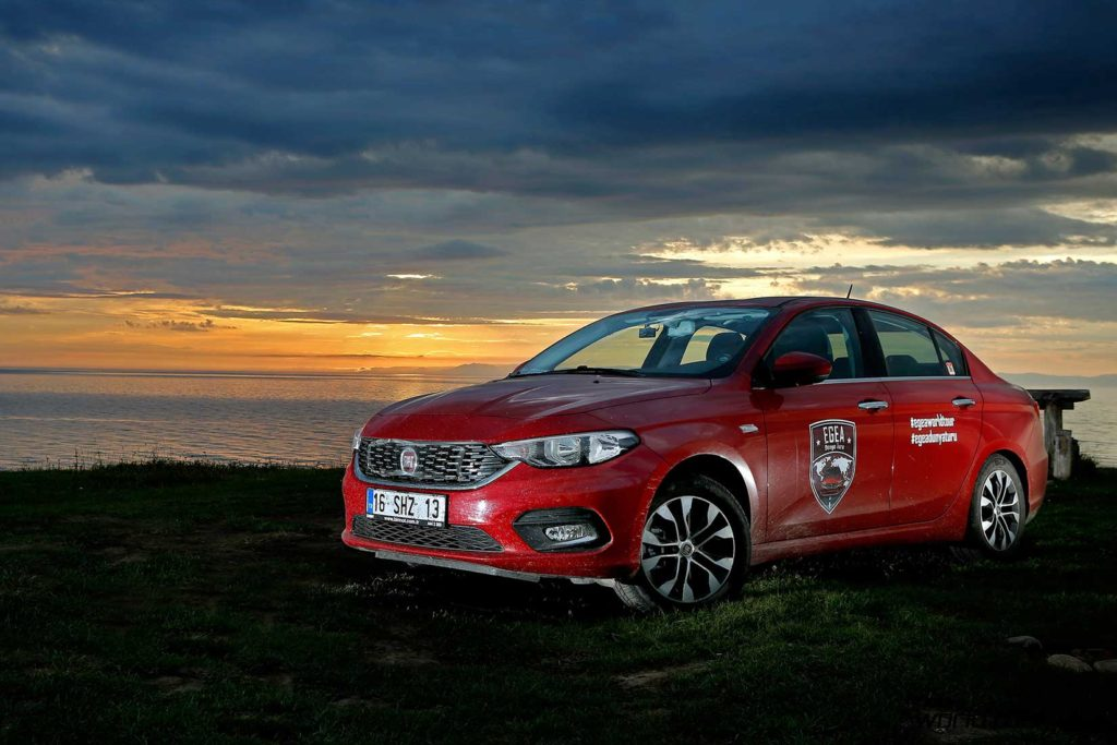 fiat-egea-tipo-world-tour-dawn
