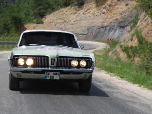 wahr-klasik-otomobil-rallisi-mercury
