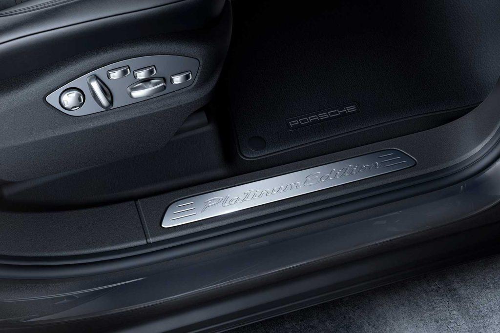 Porsche-Cayenne-Platinum-Edition-doors