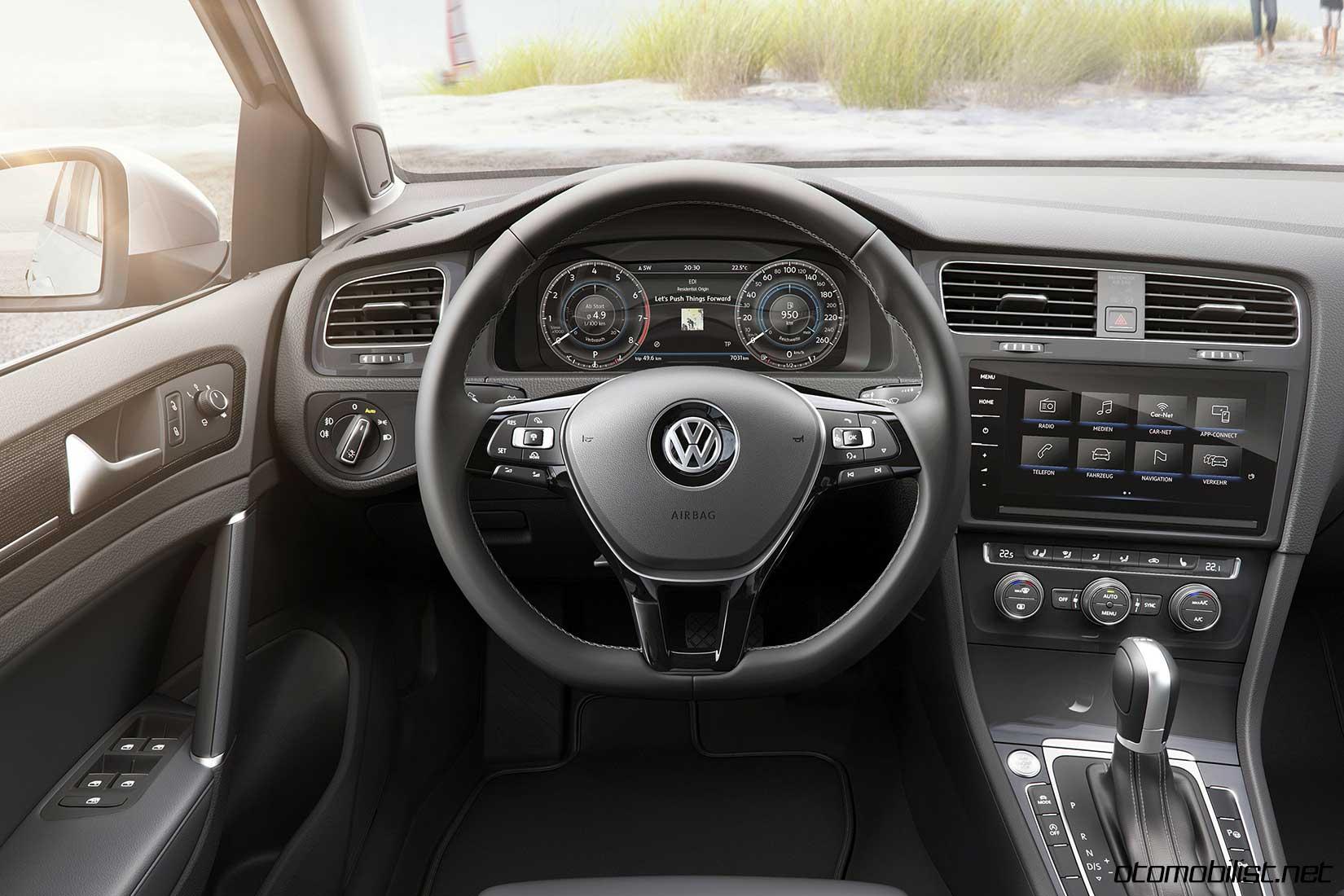 Volkswagen golf variant interior konsol otomobilist for Interior golf variant