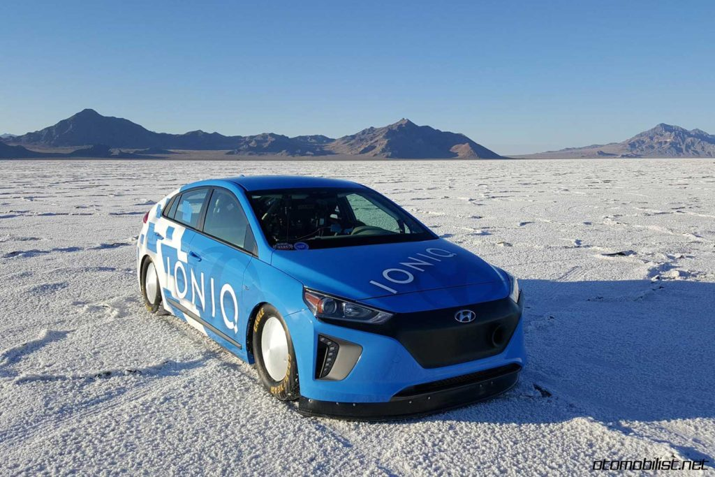 hyundai-ioniq-hybrid-land-speed-record-car